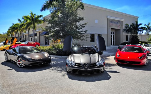 bugatti-dealership-10-lamborghini-and-bugatti-mixed-with-ferrari-2560-x-1600
