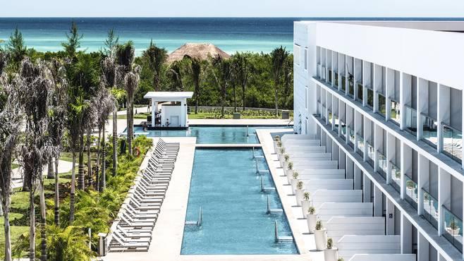 Platinum Yucatan PrincessAll Suites Resort
